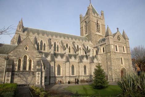 http://visitdublin.ru/wp-content/uploads/visitdublin/2011/11/Собор-Христа-в-Дублине.jpg